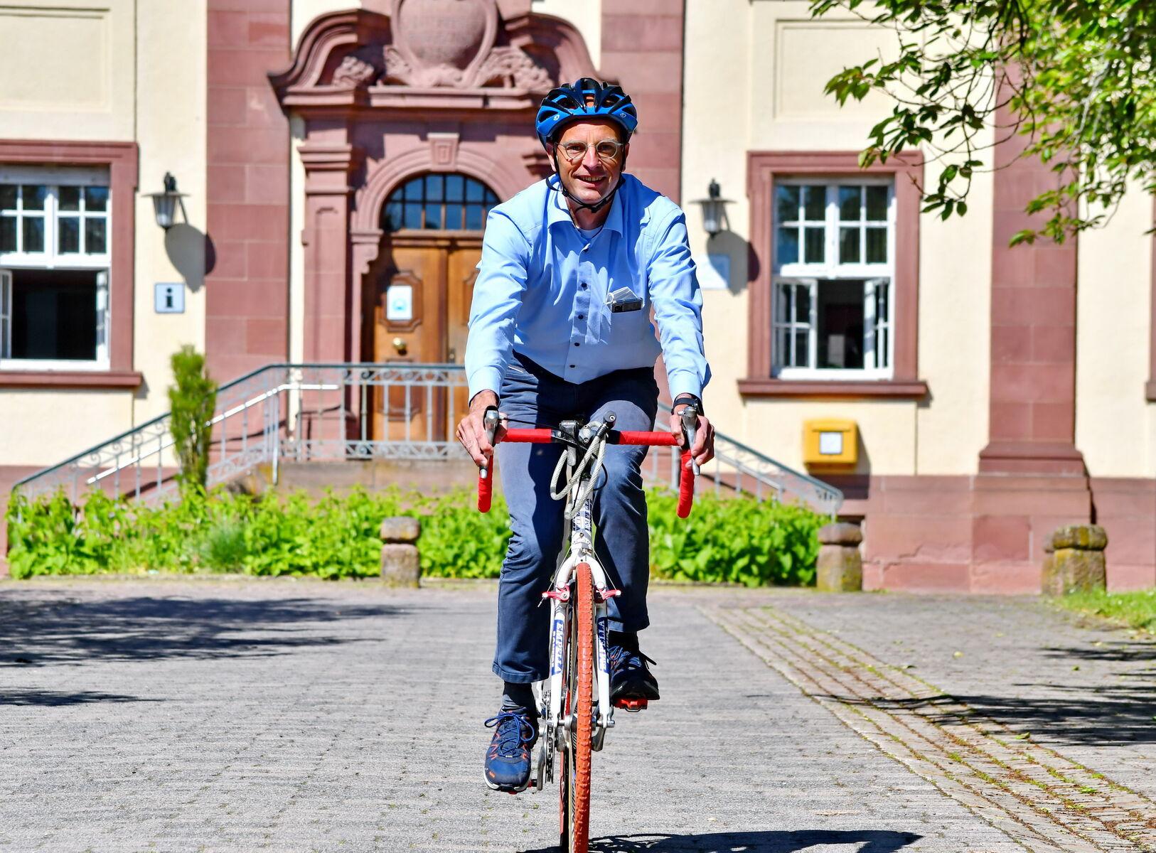 Dr. Schönfeld Rad